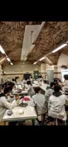 Il laboratorio didattico di biotecnologie del Cocito ospita gli studenti dell'Umberto I